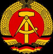 Oost-Duitse Wapenembleem.png