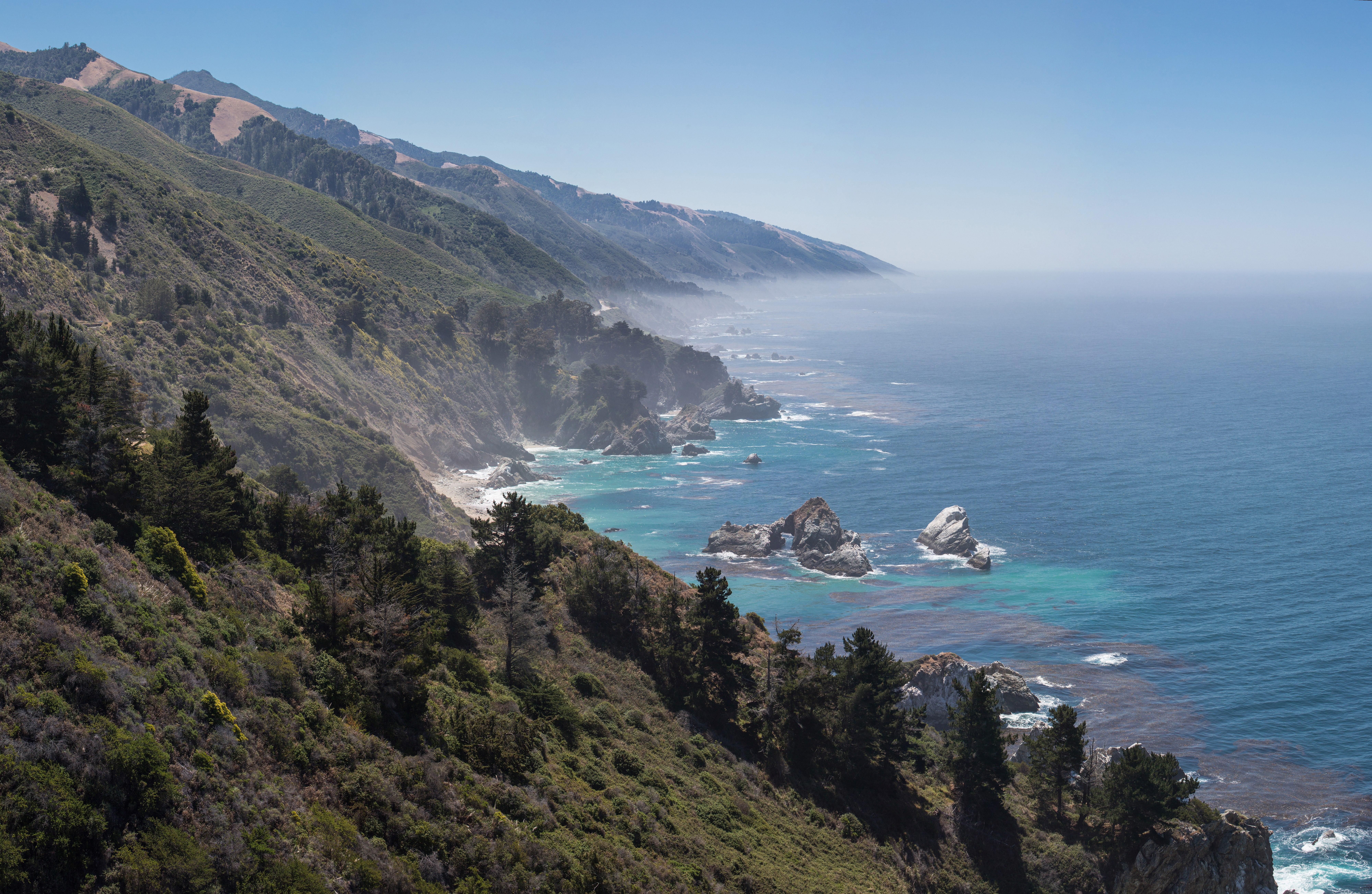 Central Californian Coastline, Big Sur - May 2013.jpg