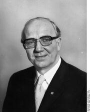 Bundesarchiv Bild 183-M1017-015, Horst Sindermann.jpg