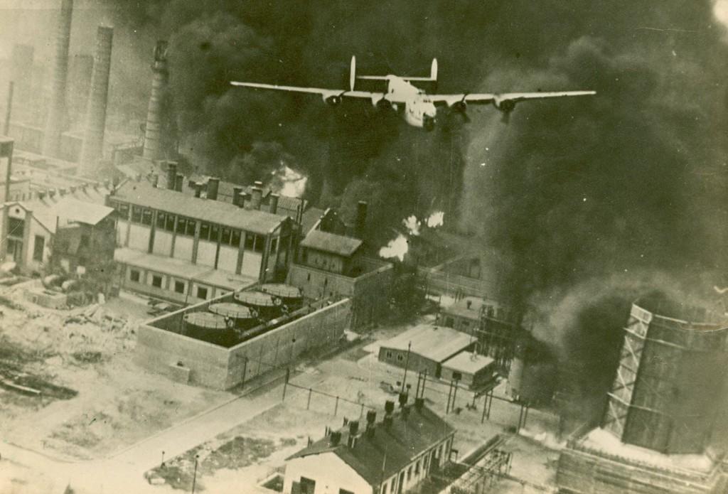 Bombardeo de Bakú (Utopía Nazi)
