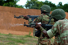 220px-Beninese Army soldiers taking part in live fire exercise at Bembèrèkè 2009-06-16.jpg