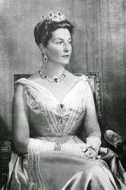 1the princess-H.R.H. Princess Isabelle d'Orleans, Countess de Paris, née Princess d'Orleans-Bragança (1911-2003)la c paris.jpg