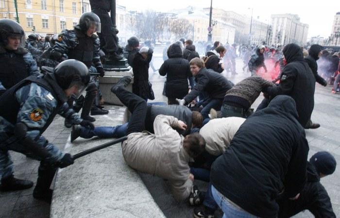 Беспорядки в Москве (2005).jpg