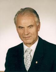 Bundesarchiv Bild 183-1989-1117-431, Hans Modrow, Dr..jpg