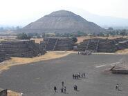 Pyramid of the Sun, Teotihuacán (2087429206) (2)