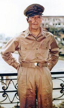 MacArthur Douglas.jpg