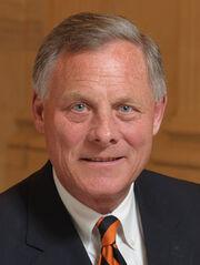 Richard Burr official portrait (cropped).jpg