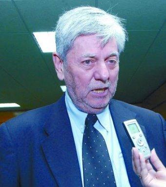 Alejandro Bell (2009).jpg