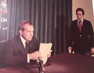 1280px-Nixon Resignation Speech 1974 with Alvin Snyder