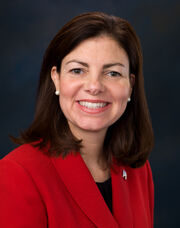 Kelly Ayotte, Official Portrait, 112th Congress.jpg