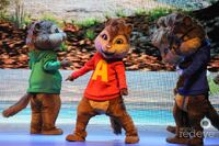 The Chipmunks and Eleanor on stage!