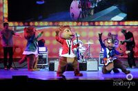 The Chipmunks LIVE during Carry On!