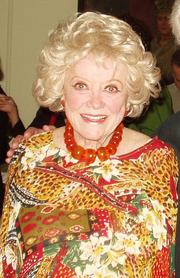 Phyllis Diller.png