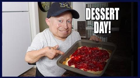 How To Make The Easiest Cheesecake! (Mom's Favorite)