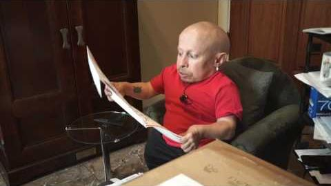 Boob Painting? I Was in Playboy Magazine? MailTime 15 Unboxing with Verne Troyer