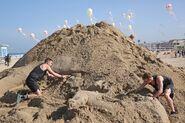 3101 Tyler & Korey Sand Sculpture