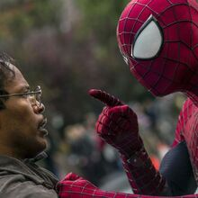 640px-Maxwell Dillon and Spider-Man.jpg