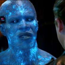 Electro talking to Harry.png