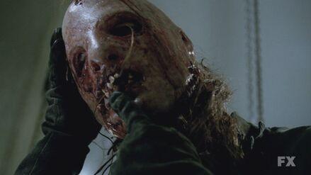 AHS S02E05 Thredson is Bloody Face