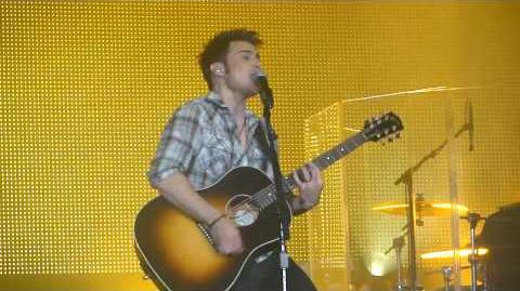 "Kris Allen - ""Hey Jude"" - Sovereign Center, Reading, PA 9-8-09"