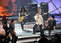 Contestants-kris-alen-and-allison-iraheta-musician-slash-and