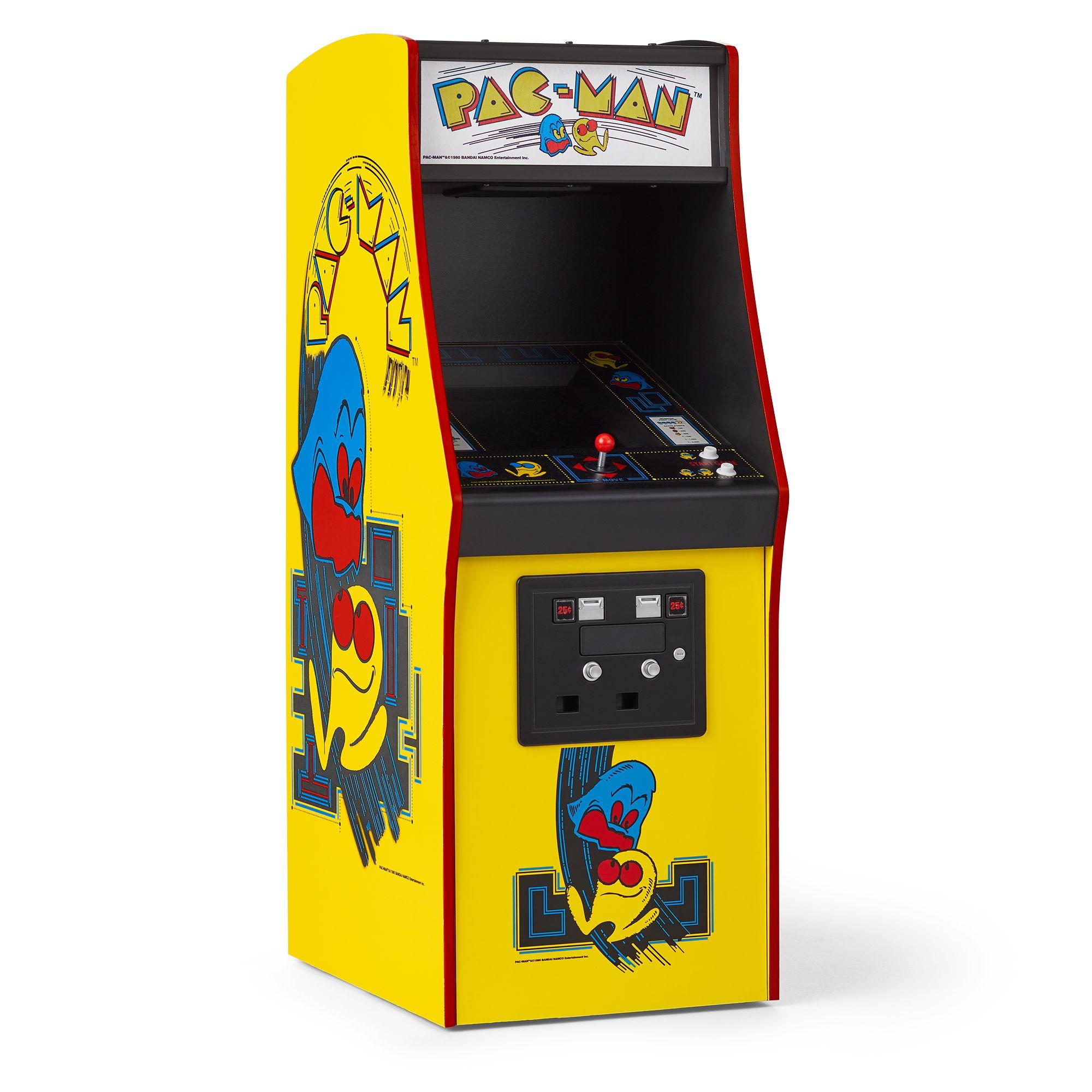 Courtney's PAC-MAN Arcade Game