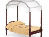 Caroline's Bed and Bedding