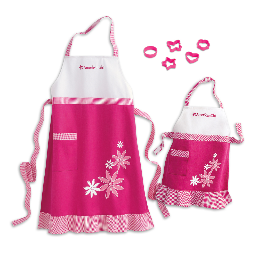 Aprons and Recipes Set