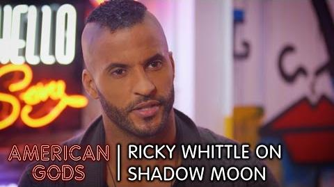 Ricky_Whittle_on_Shadow_Moon_-_American_Gods