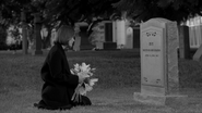 S7E11 Ally visiting Ivy's grave