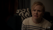 S7E09 Ivy crying