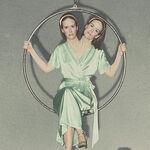 Bette-Dot-Tattler-Conjoined-Twins-Sarah-Paulson.jpg