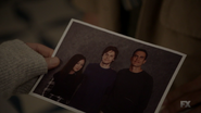 S7E08 Anderson siblings photo