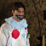 AHS-Freak-Show-Edward-Mordrake-part-2-4x04-promotional-picture-american-horror-story-37704508-3000-2000.jpg