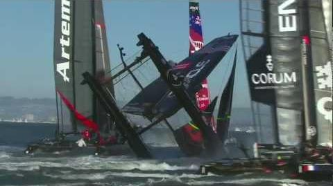 ORACLE_TEAM_USA_Spithill_Capsize