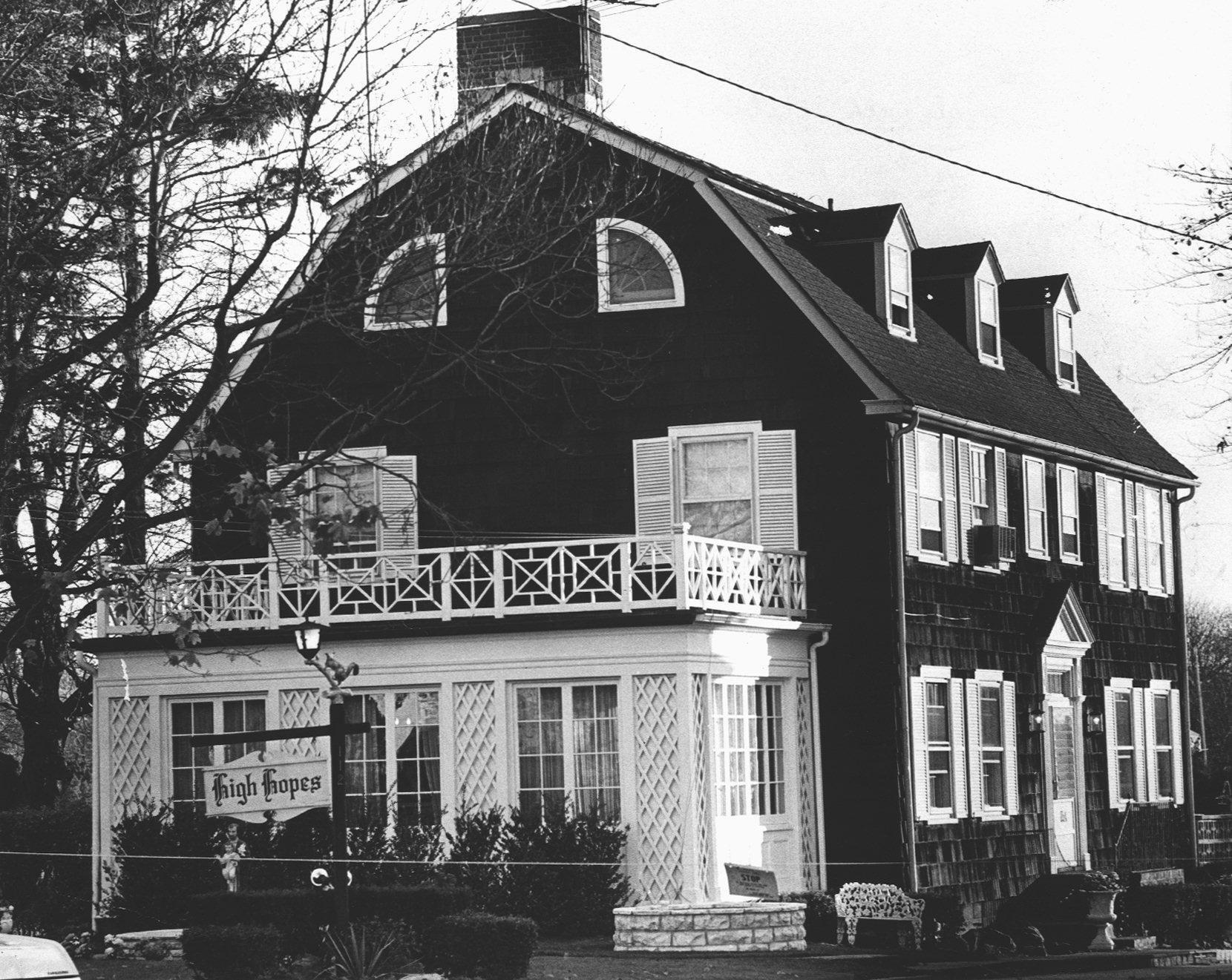 Amityville House Real Life Amityville Horror Wiki Fandom