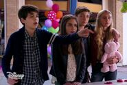 Cyrus and Iris in Double Date