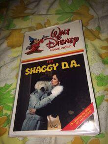 Walt-Disney-Home-Video-The-Shaggy-DA-Clamshell.jpg