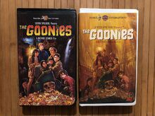 The-Goonies-VHS-1997-Clam-Shell-Lot-Of.jpg