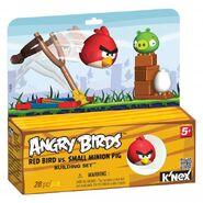 72600-angrybirdsredbirdvssmallminionpigpkg medium
