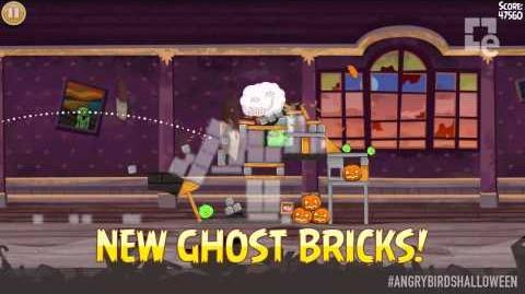 Angry Birds Seasons Haunted Hogs Trailer