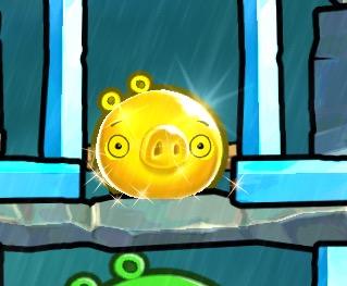 Золотая свинья (Angry Birds 2)