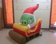 Pig sleigh