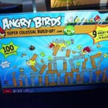 Angry Birds: Super Colossal Build-Up!