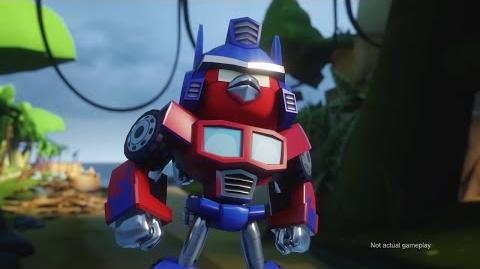 Angry Birds Transformers Comic-Con trailer-2