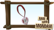 RARE-HEART-LOCKET