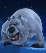 Polar-bear-back-at-the-barnyard
