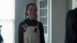 Anne mit Haarbändern