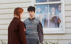 Gilbert versucht mit Anne zu reden