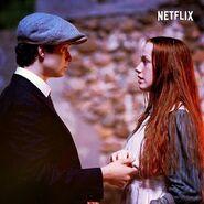 Gilbert und Anne am Feuer